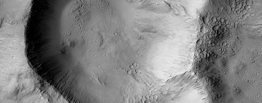 Triple-Crater in Elysium Planitia
