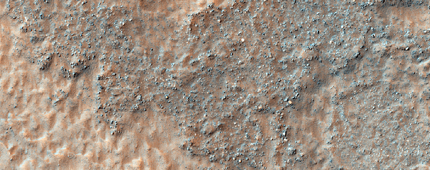Mounds and Channels in Terra Sirenum