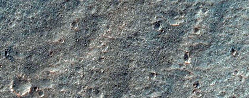 Wrinkle Ridge Intersection on East Coprates Region Plateau