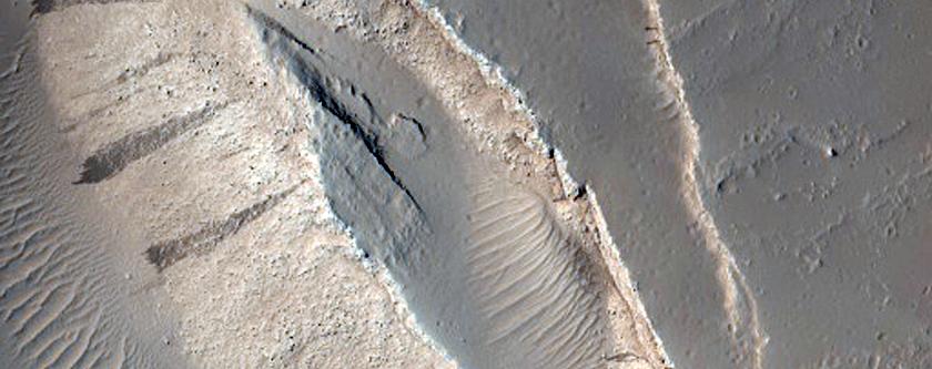 Fissure East of Olympus Mons