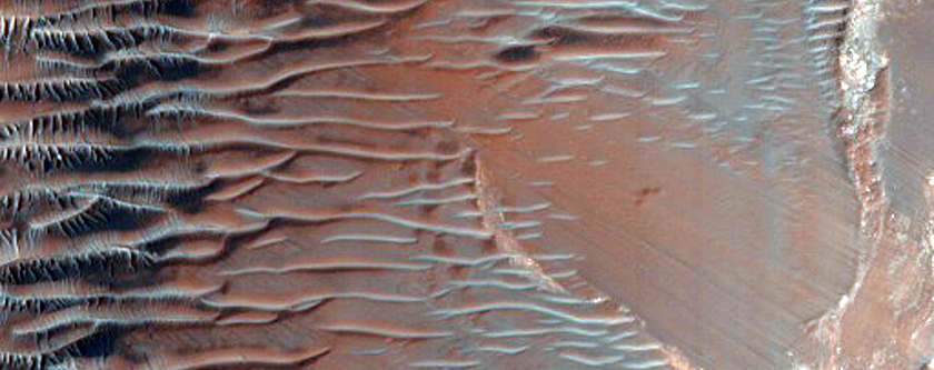 Steep Slope in Eastern Noctis Labyrinthus