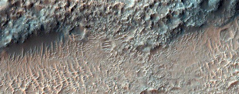 Bedrock in Tyrrhena Terra
