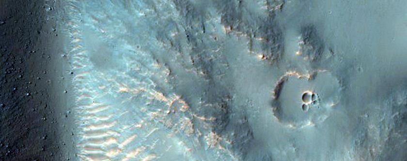 Crater in Hesperia Planum