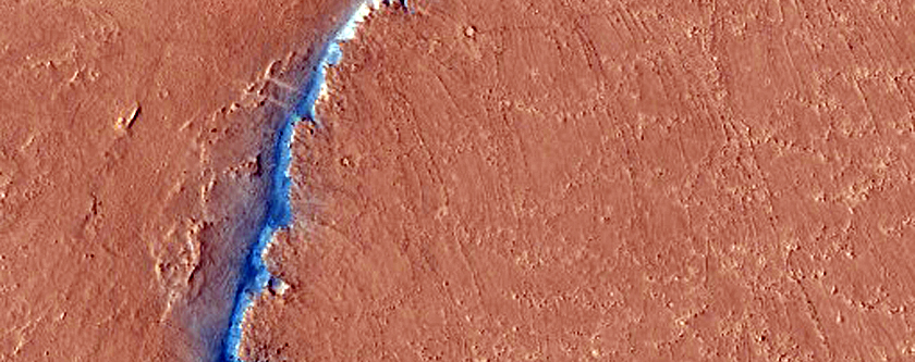 Possible Release Fault to Outlying Fault of Cerberus Fossae