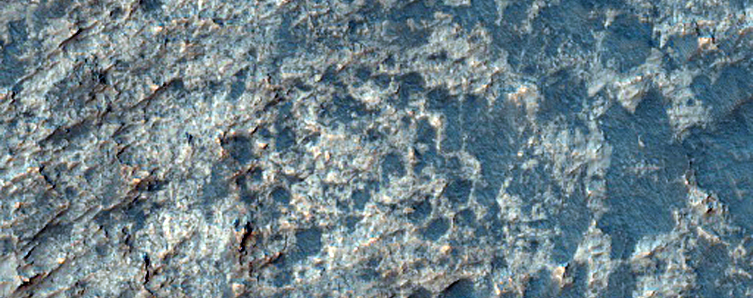 Light-Toned Outcrop in Highland Plains