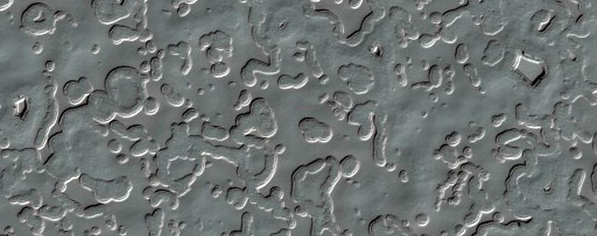 407-Meter Diameter Crater on South Polar Layered Deposits