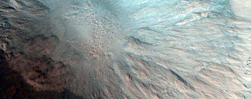 Possível cratera bem preservada em Acidalia Planicia