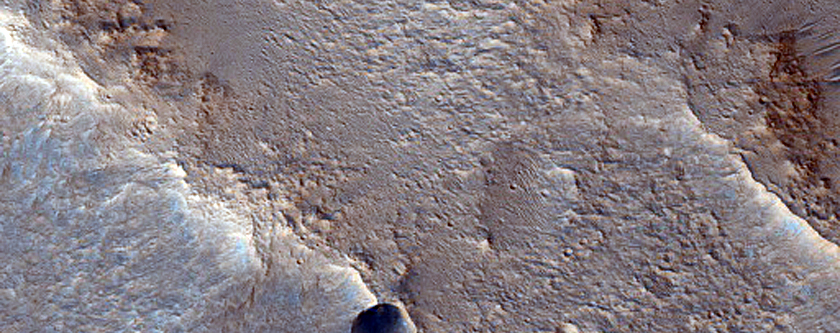 Possible Dike Associated with Aromatum Chaos