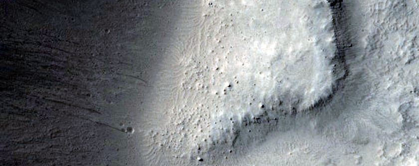 Western Region of Gratteri Crater Interior