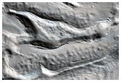 Flujo glaciar en un crater