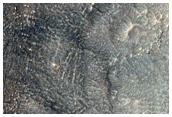 Gole nella parete di un cratere