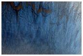 Pendent d'un cràter escarpat a Isidis Planitia