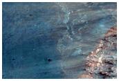 Estratigrafia expuesta por un cráter de impacto