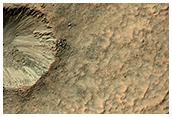 Un cráter en la pared de un cráter