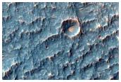 Klofnir gígar nærri Ophir Chasma