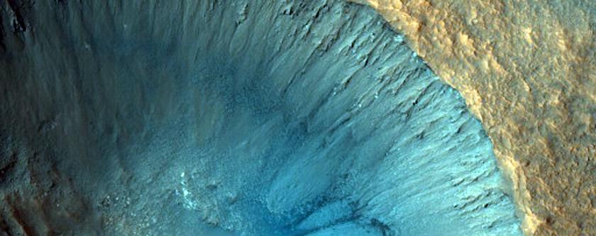 Cratera e lineamentos em Chryse Planitia