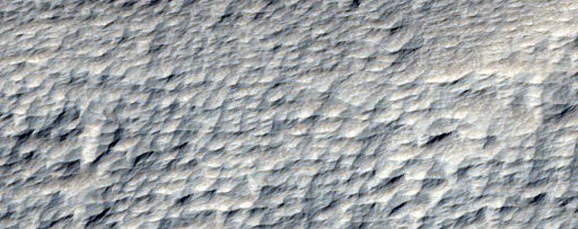 Terreno al norte de Pavonis Mons