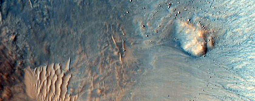 Small Well-Preserved and Potentially Gullied Crater in Idaeus Fossae