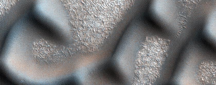 Dunes Dubbed Hagal