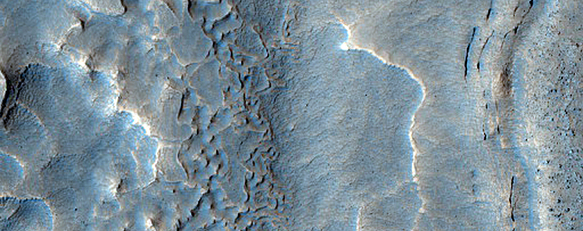 Layers in the Mamers Valles Region