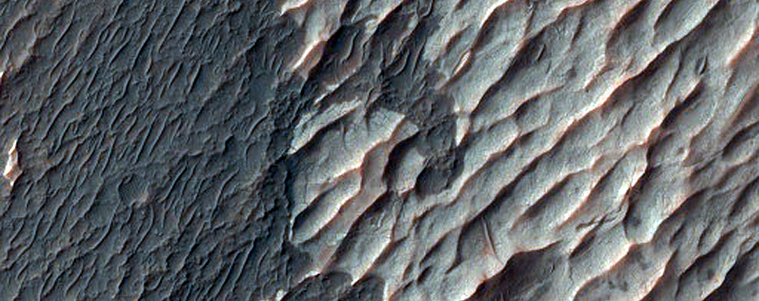 Chloride and Paleo Dunes in Terra Sirenum