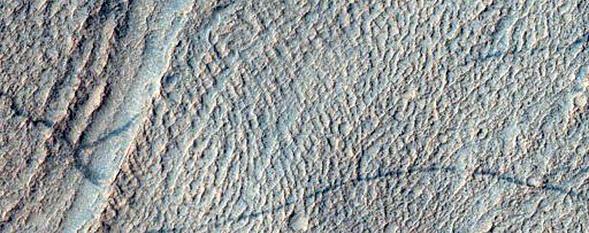 Features of Crater in Terra Cimmeria