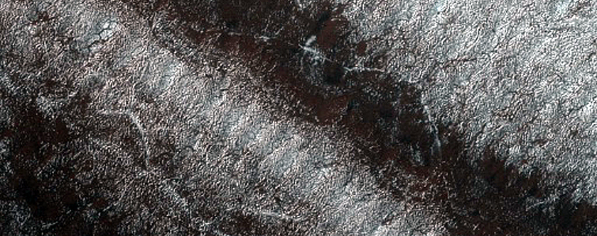 Basal South Polar Layered Deposits Exposure