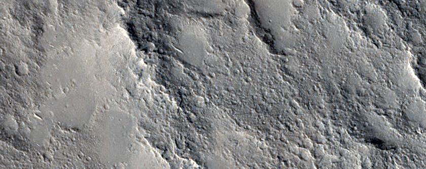 Ridge in Isidis Planitia