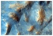 صدع في منخفضات يوتوبيا (Utopia Planitia)