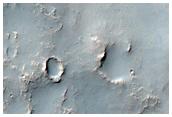 Crateri e materiali stratificati nella Terra Sabaea