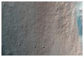 Monitorando encostas em Coprates Chasma oriental