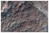 Темные дюны в долинах Valles Marineris