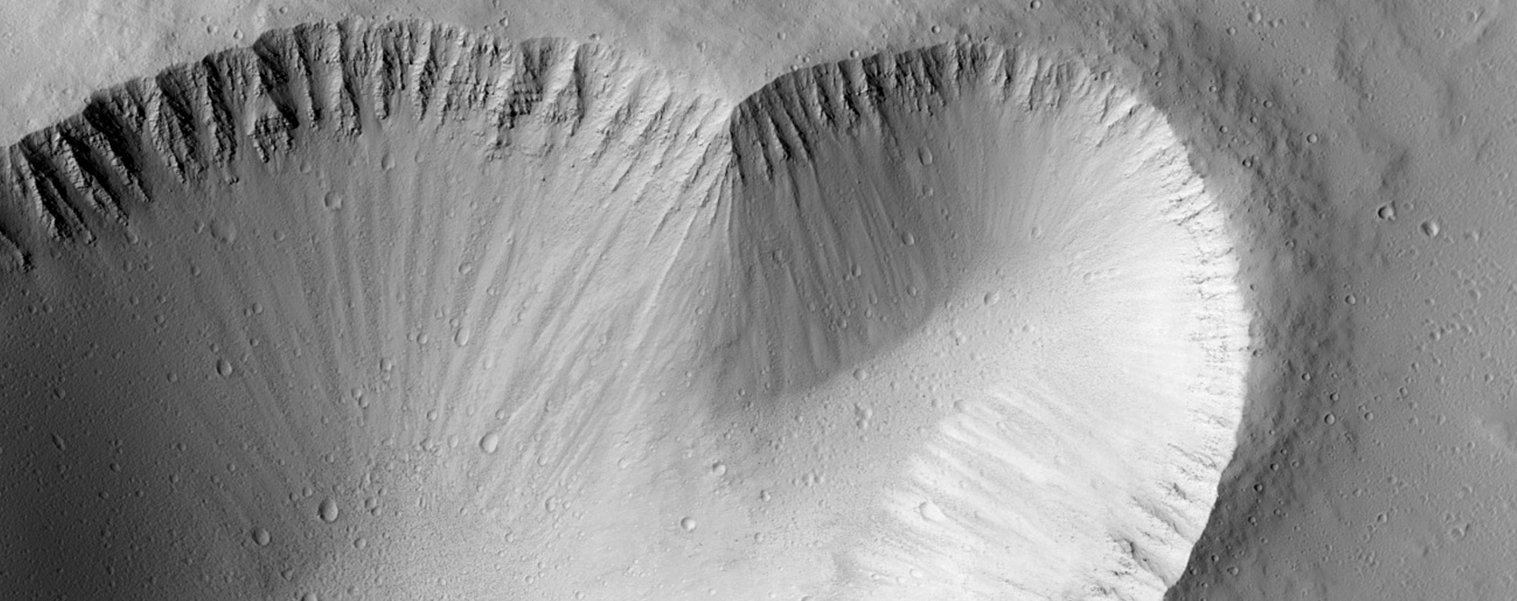 5-Kilometer Crater Near Ascraeus Mons