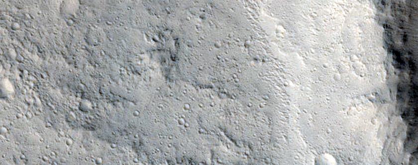 Ridges in Pettit Crater