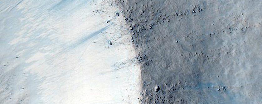 Monitor Very Fresh Small Crater in Hesperia Planum