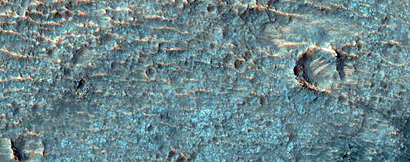 Potential Well-Exposed Ejecta Southwest of Crater West of Ganges Chasma