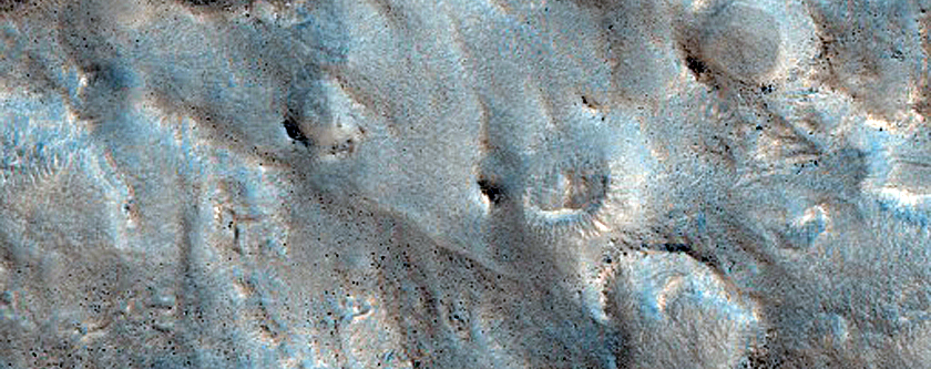 Mounds Near Mamers Valles