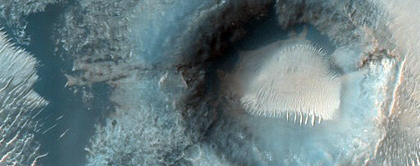 Monitor Crater Slopes in Margaritifer Terra