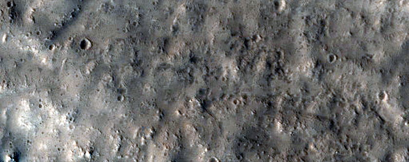 Sinuous Ridge in Chukhung Crater
