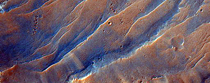 Crater South of Mawrth Vallis