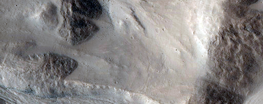 Gullied Crater in CTX Image D20_035027_2251_XI_45N051W