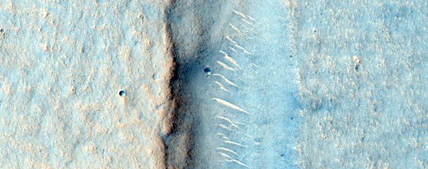 Arcuate Fractures in Utopia Planitia