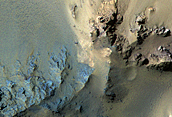 Το υπέδαφος στις κεντρικές κορυφές του κρατήρα του Hale