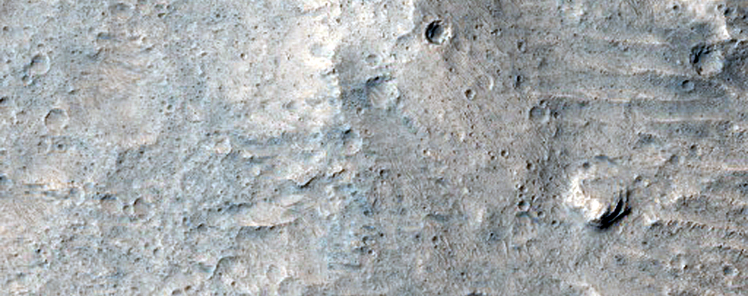 Triple Contact near Hypanis Valles