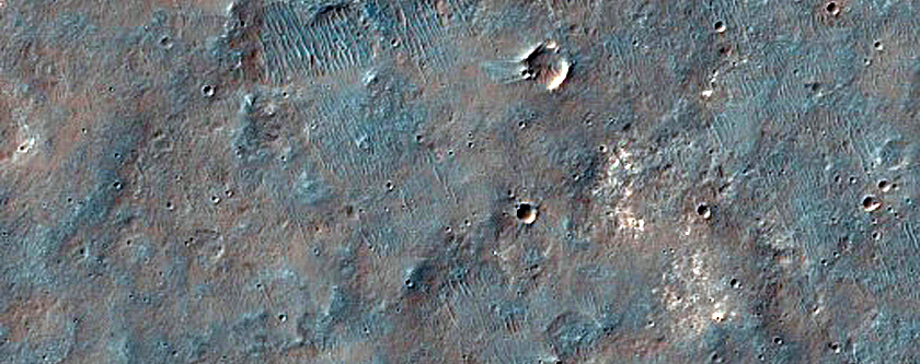 Rim of Coprates Chasma and Plateau