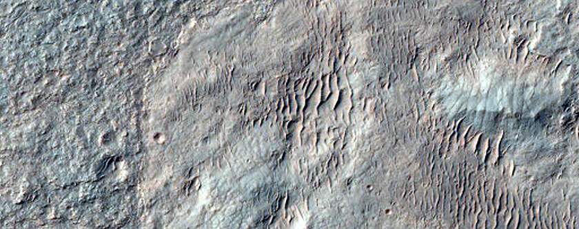 Olivine-Rich Terrain in Ganges Chasma