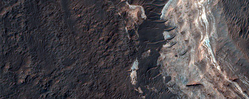 Phyllosilicate Layers in Mouth of Ladon Valles Basin