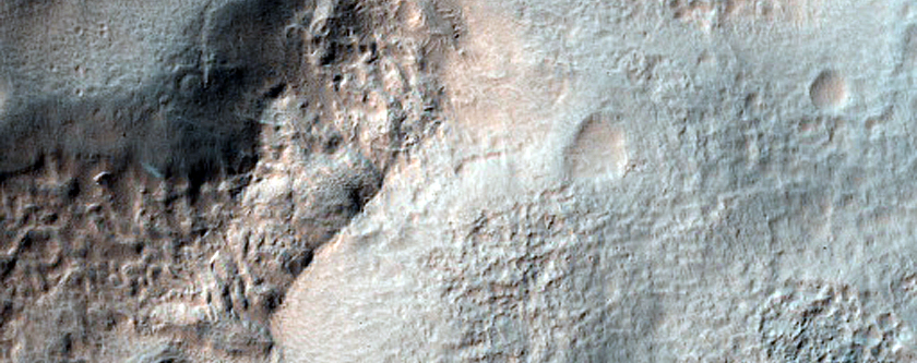 Portion of Well-Preserved Crater Central Peak in Noachis Terra