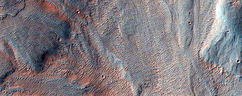 Margin of Uzboi Vallis North of Luki Crater