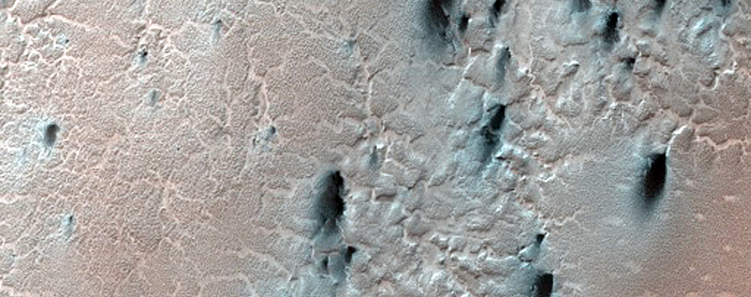 Large Spider Structures Southeast of Rayleigh Crater